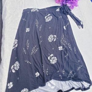 4/$25 sale Maurice's xl gray floral wrap dress (q)